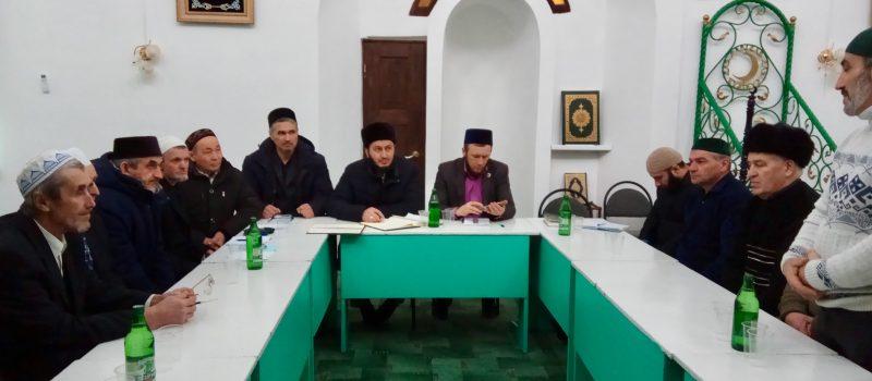 Заместитель муфтия принял участие в собрании мухтасибата
