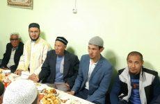 Директор медресе «Шейх Саид» посетил питерский ифтар