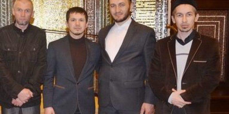 Преподаватели и студенты медресе «Шейх Саид» посетили мечеть Ярдам в г. Казань